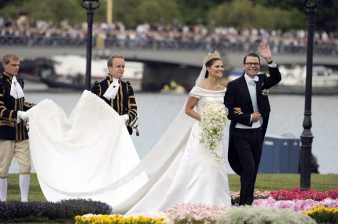 robe de mariage princesse Victoria héritière de Suède.jpg