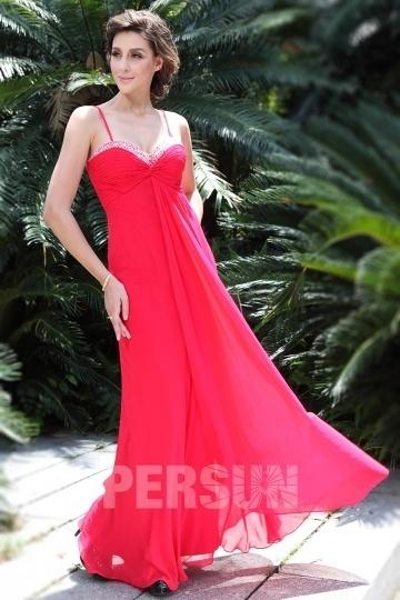 Robe rouge maxi empire pour cocktail de mariage en été.jpg