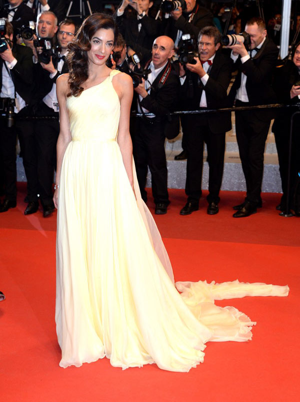 Amal-Clooney-in-Atelier-Versace.jpg