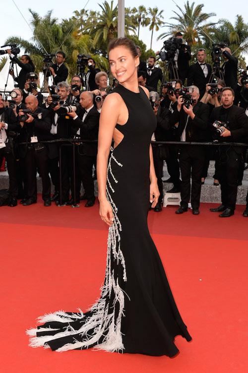 irina-shayk-dans-robe-noire-cannes-france.jpg