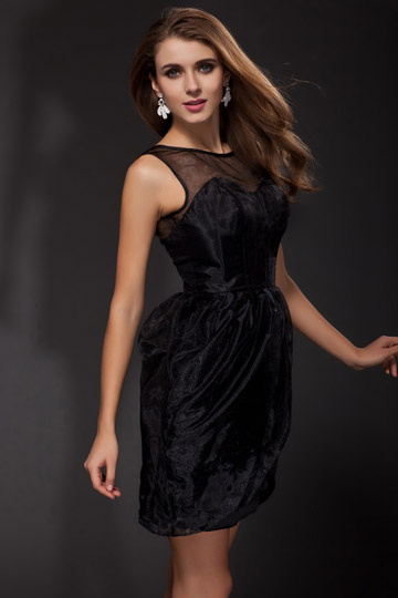 Petite robe noire transparente enveloppe en organza.jpg
