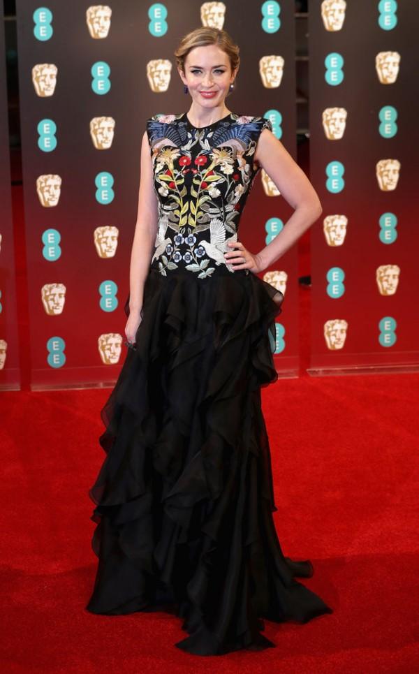 Emily Blunt robe florale.jpg